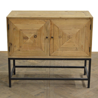 Pine 2 Dr Cabinet With Convex Diamond